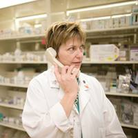 pharmacist-on-phone