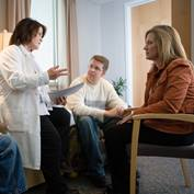 facilities-support-survivorship-group-talk-WO8I9582-square