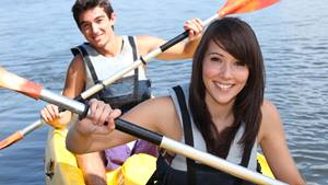 behavioral-health-kayaking-Fotolia_43536188_Subscription_XXL-landscape