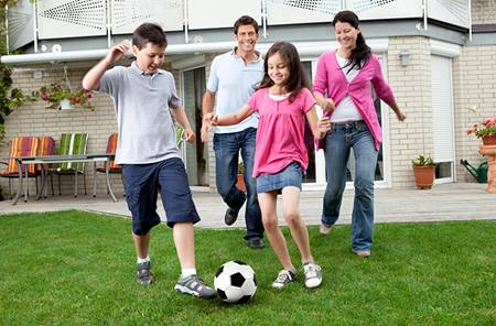 family_soccer_active_burn_calories_fun