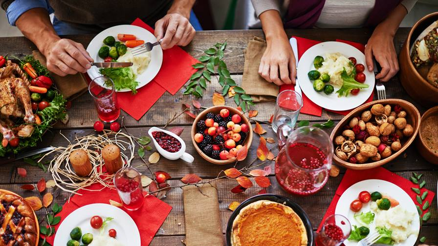 https://intermountainhealthcare.org/-/media/images/modules/blog/posts/2017/12/healthy-eating-during-winter.jpg?la=en&h=504&w=896&mw=896&hash=ECA9CAF1148FBC076D3C893C66EAFAA6F47E6991