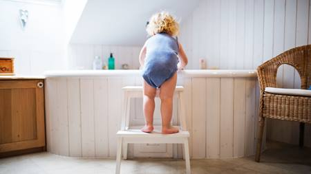 3 Important Baby Bathtub Safety Tips