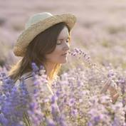 Woman-Smelling-lavendar