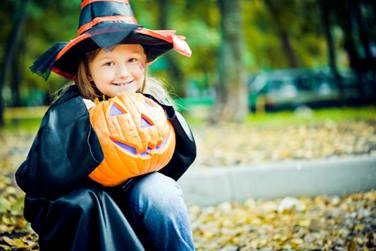 halloween girl istock 000017793254medium1